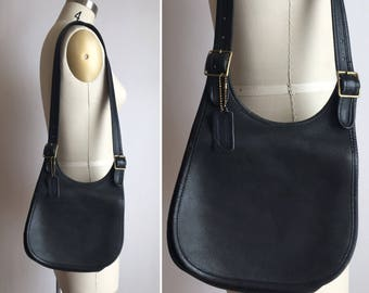rare 70s coach bag | black leather shoulder bag | Bonnie Cashin