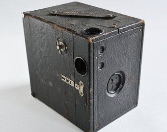 SALE! Conly Kewpie 3A Box Camera