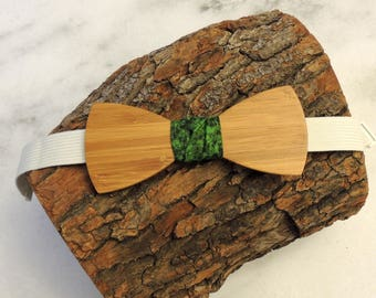 Bamboo wood bow tie; green camo fabric center tie; Wooden bow tie; Unique bow tie; Handmade bow tie; Bamboo bow tie