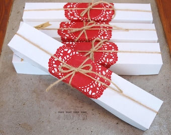 Gift packaging for bookmarks