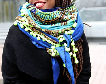 foulard ethnique doublé wax triangle echarpe tissu wax pompons scarf