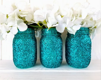 Set of 3 pint size glitter mason jars. Vases. Home Organization.