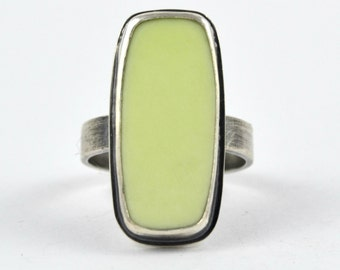 Mint Chrysoprase Ring, Modern Bohemian Ring, Size 7 Geometric Ring, Green Gemstone Ring, Gift for Her, Modern Jewelry, Contemporary Ring