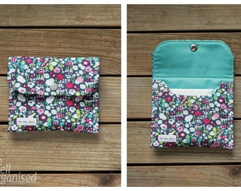 MTO Clear vinyl travel pouch - Flowers