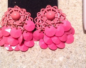 Vintage pink cha cha clip earrings