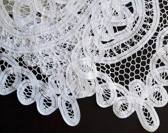 Vintage rectangle battenburg lace doily