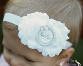 White Personalized Baby Headband, Personalized Baby Shower Gift, White Newborn Headband, White Baby Girl Outfit, Baptism Baby Bow