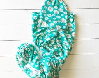 Daisy Adorable Baby Girl Newborn Set - Daisy Baby Girl Swaddle Blanket - Daisy Baby Girl Newborn Headwrap - Daisy Baby Girl Newborn Hat