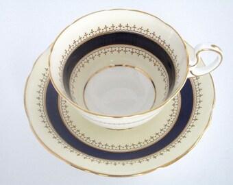 SALE Set of 6, Aynsley Bone China England Pentland Tea cup and Saucer set, Vintage Tableware