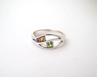 White gold ring amethyst, peridot and citrine