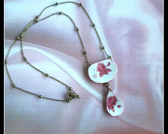 Handmade small broken china two-parts pink rose necklace