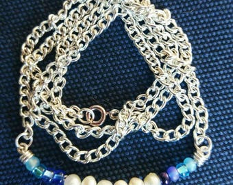 Pearl and Glass Beaded Silver Curb Chain Necklace