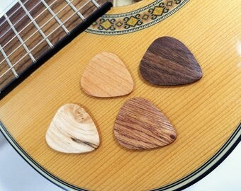Hand Made Wooden Guitar Pick, Maple Pick, Cherry Pick, Mahogany Pick, Musicians Gift, Guitar Accessory, Wood Plectrum, stocking stuffer