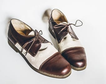 Cream Brown Ofxords, Vintage Oxfords, Vintage Shoes, Womens Oxfords, Vintage Flats, Two Tone Shoes, Bicolor Shoes, Leather Tie Shoes