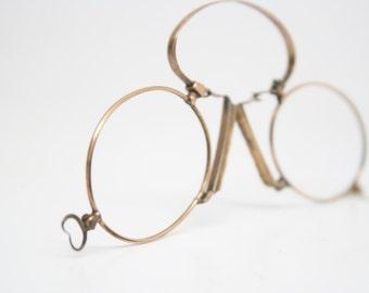 Antique Gold Hoop Spring Pince Nez Eyeglasses