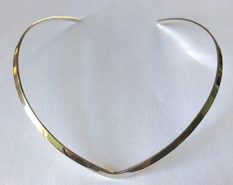 Vintage Sterling Silver Minimalist Collar Necklace, c.1980s