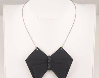 KAMI Blasic necklace - black