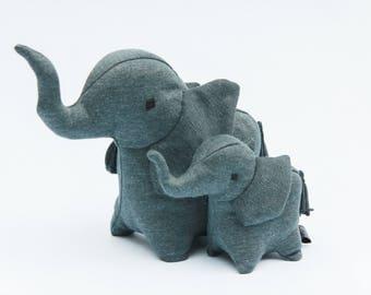 Elephant Family, Elephant Set, Daddy Elephant, Baby Elephant, Small Toys