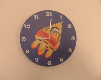 Spaceship wall clock -  etra quiet clockwork - white - blue - Black - boys room - girls room - silence - round or square export