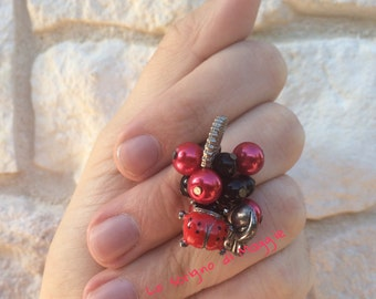 Ladybug charm ring, cat, fan and pearls • Ring with ladybug charms, cat, fans and pearls