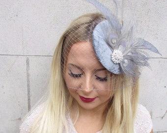 Grey Silver Birdcage Veil Feather Fascinator Hat Hair Clip Vintage Races 2590