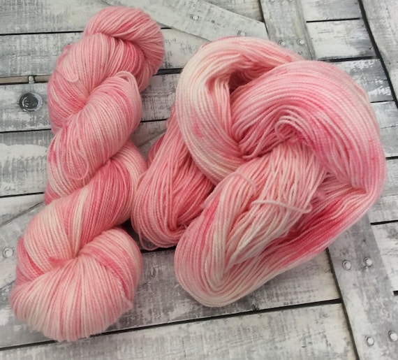 Hand Dyed Yarn,Strawberries and Cream,Penny Candy Yarn,Fingering Weight,2 ply,80/20 Superwash Merino,100 gram,indie dyed yarn,knit & crochet