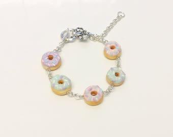 Miniature Sweet Pastel Iced Sprinkle Polymer Clay Doughnut Charm Bracelet. Sweet Lolita Fashion, Fairy Kei, Kawaii, Cute Jewellery. Small