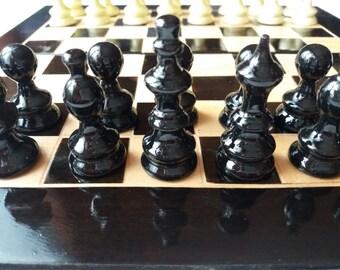 New black handmade beautiful hazel wood chess piece,beech wood 26x26cm , 10X10 inch chessboard box,wooden travel chess set,best friend gift