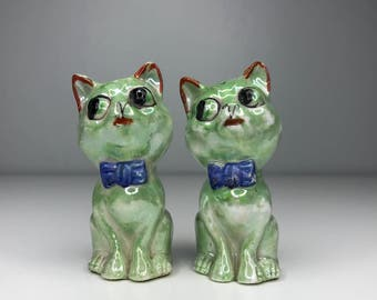 vintage green ceramic cat salt and pepper shakers