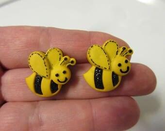 FREE SHIPPING! Bee Stud Earrings-Spring Earrings-Summer Earrings