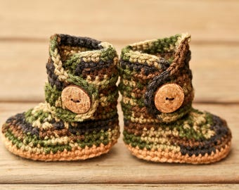 Infant Cowboy Boots,  Camouflage Newborn Shoes, Unisex Hunting Baby Clothing, Crochet Baby Booties, Camo Baby Clothes, Gender Neutral Outfit
