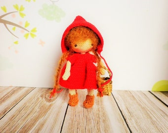 Crochet doll very very fine, 10/11 cm, my creation, small cute little Red Riding Hood, art and collection, decoration, toy