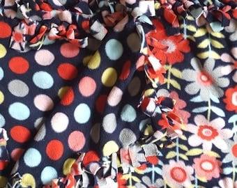 Flowers and Polka Dots Fleece Tie Blanket