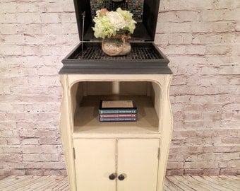 Bar - Dry Bar - Victrola Dry Bar - Made from an old Victrola Cabinet