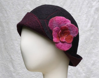 Reversible Cloche In Black and Wine Wool and removable flower - Flower Cloche - Wool Felt Hat - Black Cloche - Wool Cloche