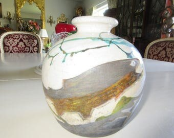 ART POTTERY VASE with Fish