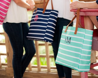 Monogrammed Tote/Monogrammed Bag/ Bride Bag/ Game Day Bag/ Monogrammed Shoulder Bag