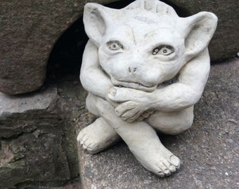 Stone Troll Gremlin Garden Ornament Siting Cross Legged