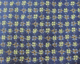 Barneys New York Tie Silk Floral Repeat Pattern Pattern Blue Vintage Designer Dress Necktie Made In Italy