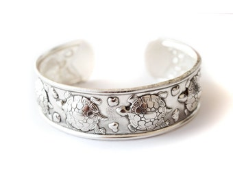 Tibetan Sterling Silver Turtle Bracelet