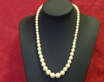 Vintage Cream Graded Faux Pearl Necklace Single Strand Restrung by Hand Beautiful Clasp