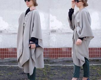 Poncho Natural Wool Coat / Woolen Jacket one size / Minimalist Luxury Cape / Elegant Oversized Vintage