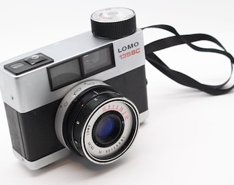 LOMO 135BC Vintage Soviet Spring Motor Drive 35mm Film Viewfinder Camera with flash – Very good condition and tested c.1975 - Lomography