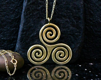Large 18k gold Triskelion necklace, solid gold Triskele necklace, BDSM triskele, 18kt Triskelion pendant, Wiccan jewelry, Celtic jewelry.