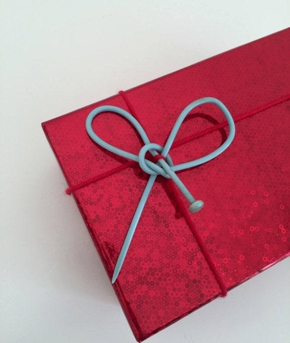 Mother 39 s day gift upcycled gift bow vintage blue for Quirky retro gifts