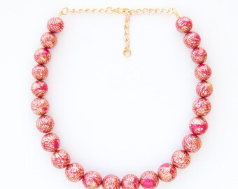 Sparkle necklace/ Beaded necklace/ Red necklace/ Fully handmade necklace/ Glamorous necklace/ Ladylike necklace/ Retro necklace