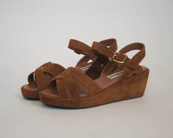 Vintage 1980's Maine Woods - Brown Leather - Woven Leather Sandal - Wedges -  Suede Shoes -  EU 38 US 7 UK 5 - Sling Back Chunky Heel - New
