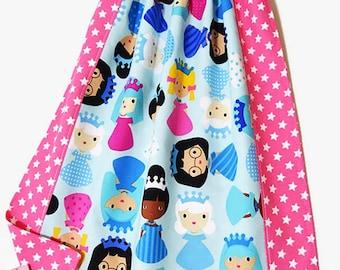 "Child's napkin, towel canteen, kindergarten ""Princesses"" bib"