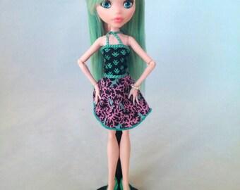 Teal and Pink Draculaura - Monster High Rerooted Repainted Custom Pastel OOAK Doll
