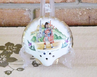 Souvenir of Scotland vintage scenic ware porcelain shell pomander Scottish bagpipes